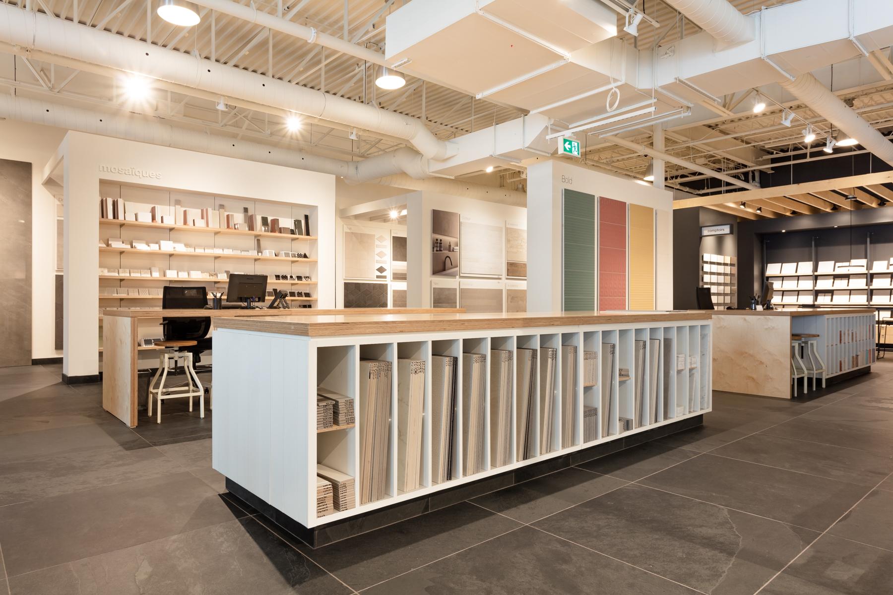 C 233 Ragr 232 S Opens A Laval Location Its Biggest Boutique